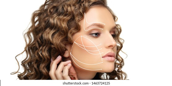 Thread Lift ,markup,face of a beautiful woman