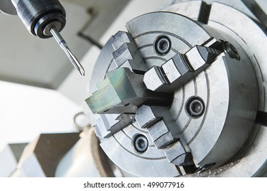 thread or screw cutting process on cnc machine by tap