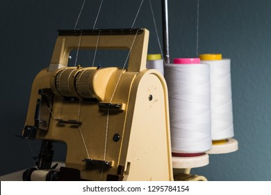 threads and sewing machine