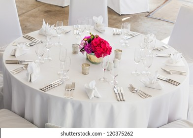 A Three Course Meal Will Be Served To The Guests