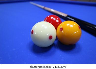 Three cushion carom billiards