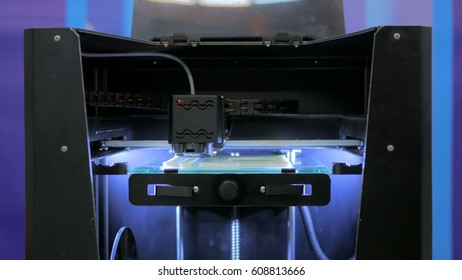 Three dimensional printing machine. 3D printer during work