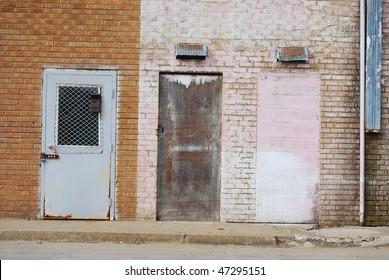 Three Door Alley