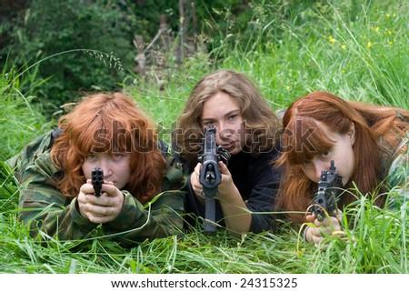 three girls with airsoft