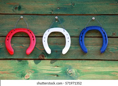 three horseshoes