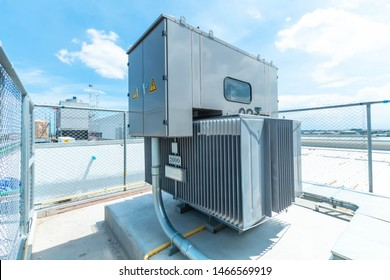 Three phase (2000 kVA) corrugated fin hermetically sealed type oil immersed transformer