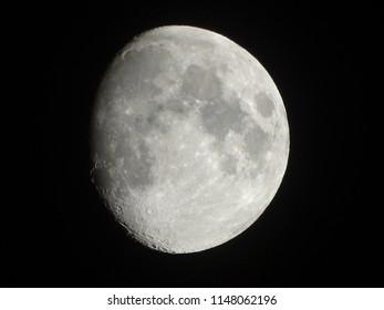 three quarter moon phase