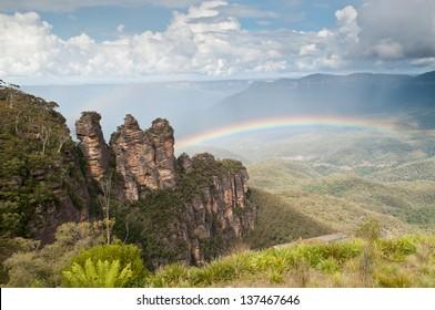 The Three Sisters, Blue Mountains National Park, NSW, Australia