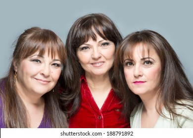 Three sisters posing