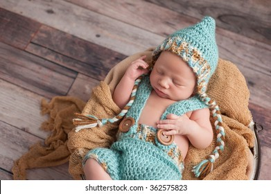 One Year Old Baby Boy Sitting Stock Photo (Edit Now) 448939657 ... 7835be241978