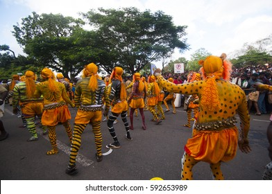 THRISSUR, KERALA, INDIA, 19 SEPTEMBER 2013 : Body painted tiger dance artists perform at Swaraj round, Thrissur, Tiger dance is a traditional folk art performed during Onam.