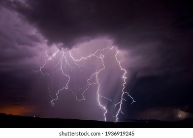 thunder lightening with clouds in sky