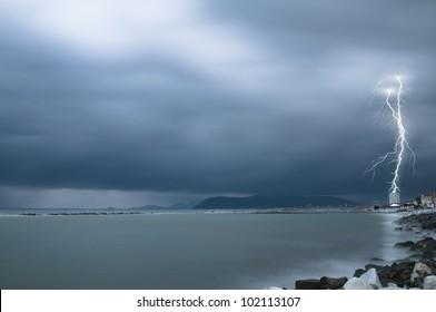 thunderstorm on Massa