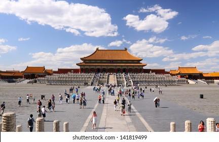 Tiananmen under sky and cloud