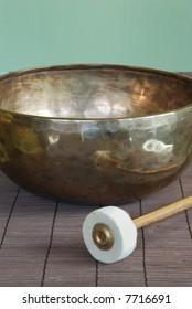 Tibetan singing bowl with felt mallet