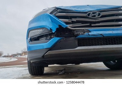 Tiffin, Iowa, USA - 12/2018:  Damage to Hyundai Tuscon front side