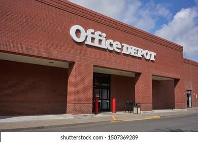 Tigard, Oregon, USA - Sep 16, 2019: Office Depot Store exterior.