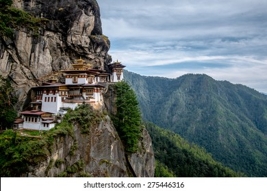 Tiger's nest Temple or  Tiger's nest monastery,one of the most beautiful temple in the world. The most sacred place in Bhutan is located on the 3,000-foot high cliff of Paro valley, Bhutan.