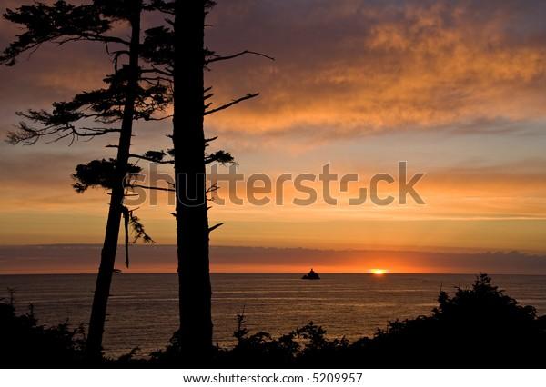 Tillamook Lighthouse at sunset
