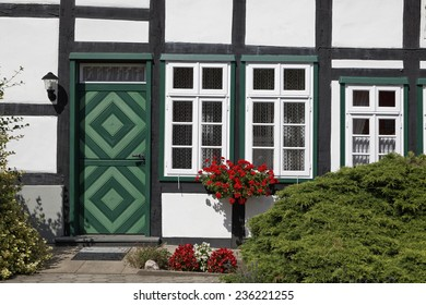 Timbered house in Lower Saxony, Osnabrueck country, Lower Saxony, Germany, Europe
