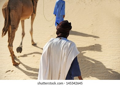 timbuktu desert walking