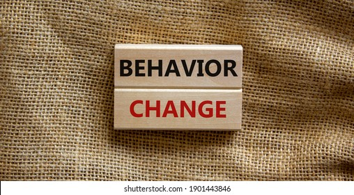 Time to behavior change symbol. Wooden blocks with words 'behavior change'. Beautiful canvas background. Copy space. Business, psychology and behavior change concept.
