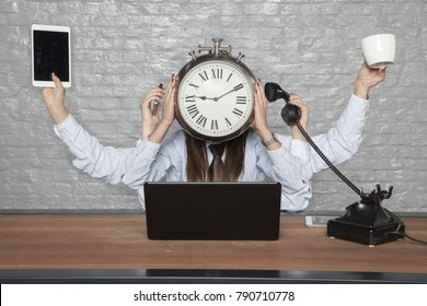 Time is business, multitasking business woman