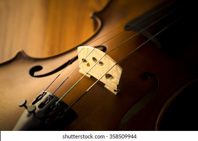 """""""time to practice violin"""" vintage style on wood background"""