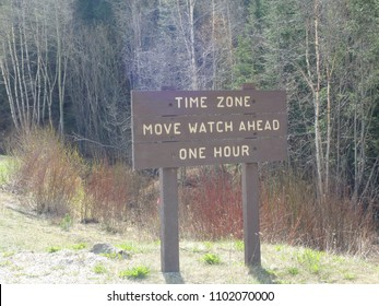 Time Zone in the mountain in canda outside the city