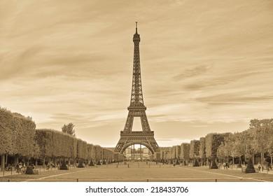 Timeless Eiffel tower