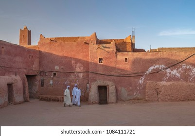 TIMIMOUN, ALGERIA - APRIL 20, 2018: Traditional red architecture in oasis town Timimoun