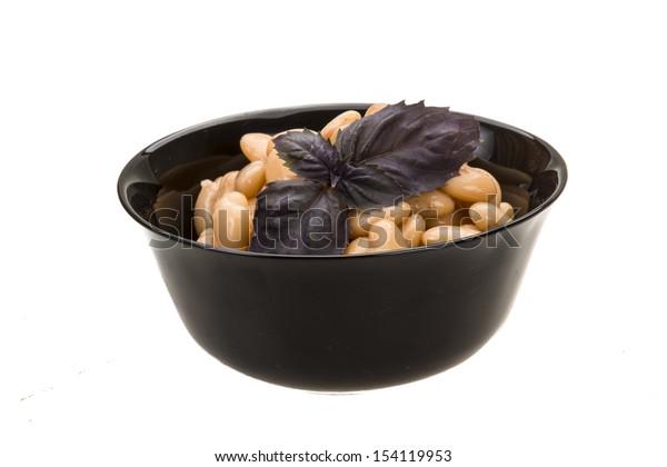 Tinned white bean macro isolated