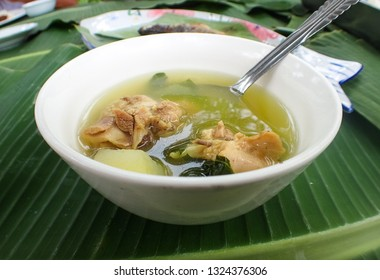 Tinola Soup in bowl - Filipino food in Caramoan