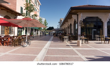 Tirana Old Market - Pazari i Ri - Tirana, Albania / 2017