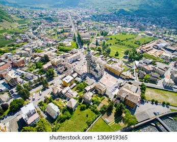 Tirano - Valtellina (IT) - View of the City and the Sanctuary of the Blessed Virgin