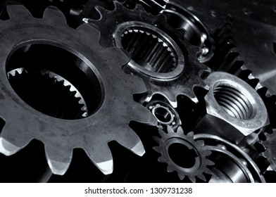 titanium cogs and gears for the aerospace-industry