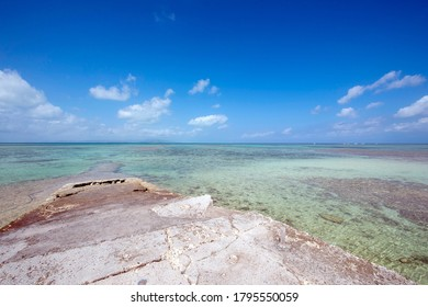 Title West Pier in Taketomi Island, Okinawa Prefecture
