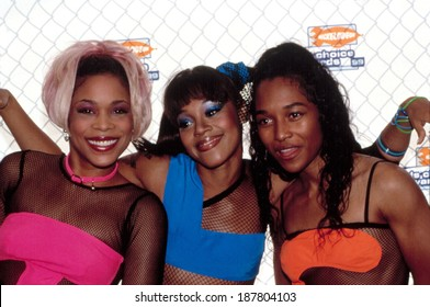 TLC Rozonda Chili Thomas, Tionne T-Boz Watkins & Lisa Left Eye Lopes at Nickelodeon Kids' Choice Awards, 1999