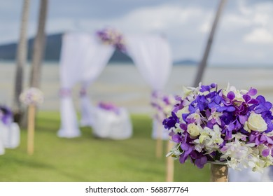 """""""To set up kiosks colorful flowers."""""""