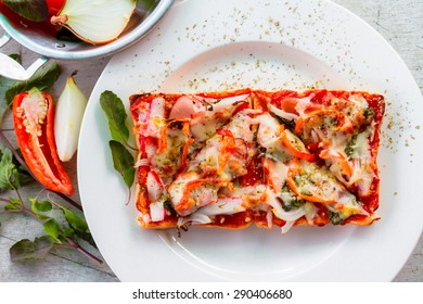 toast pizza. hot and spicy pizza. Happy Meal.