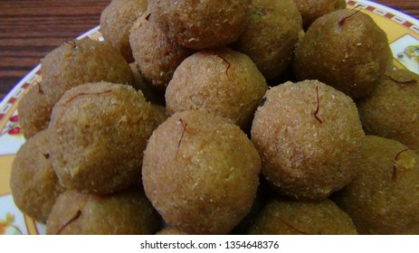 Toasted Coconut Balls (Coconut ladoo)