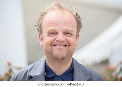 Toby Jones attends the 'Happy End' photocall during the 70th annual Cannes Film Festival at Palais des Festivals on May 22, 2017 in Cannes, France.