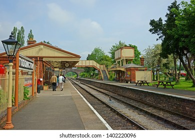 Toddington, Gloucestershire, UK, May 19th 2019, Gloucestershire Warwickshire Steam Railway, a beautiful summer day with passengers and visitors waiting for the steam trains on Platform One.