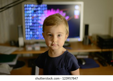 Toddler and computer