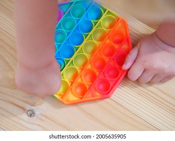 toddler touch baby silicone toy antistress color