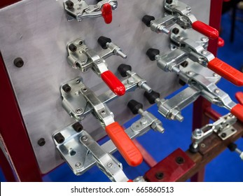 Toggle clamp for cutting by cnc machining process, For clamping part and inspection JIG