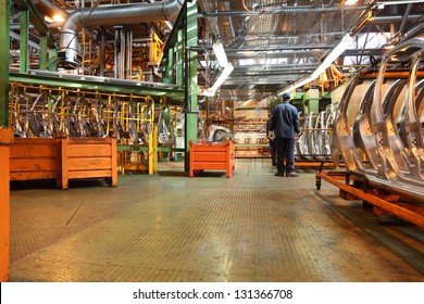 TOGLIATTI - SEPTEMBER 30: Workshop with parts for production of cars at Avtovaz factory on September 30, 2011 in Togliatti, Russia. At the end of 2012 AvtoVAZ sold 537,625 cars LADA in Russia