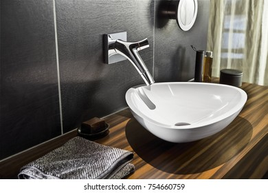 toilet ceramic sink