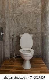 toilet,loft wall