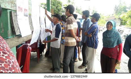 Toili/Indonesia - April 17, 2019 : vote process at TPS. Indonesian elections 2019 in Banggai City. proses perhitungan suara di TPS. Pemilu Indonesia 2019 di Toili